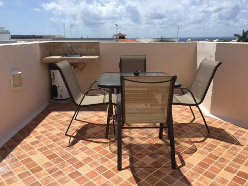 Condo with private rooftop sea view Photo