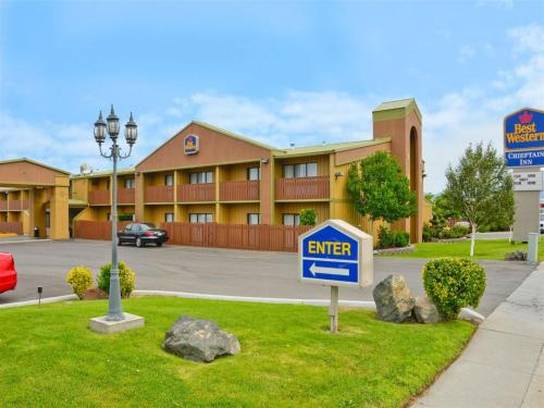 Best Western Chieftain Inn Photo