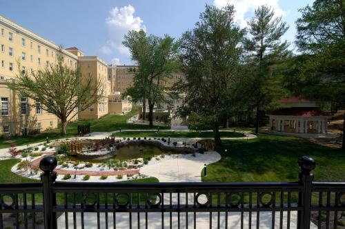 French Lick Springs Hotel Photo