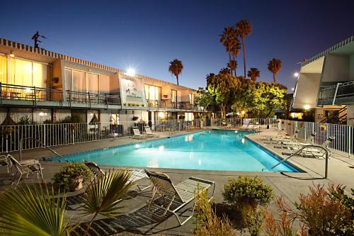 Travelodge Hotel at LAX photo 22