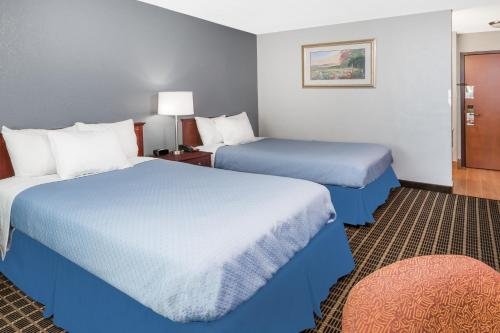 Days Inn at Walnut Creek Photo