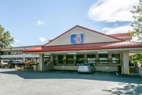 Motel 6 Edgewood Photo