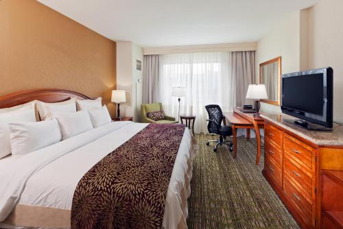 Denver Marriott South at Park Meadows Photo