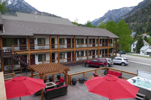 Matterhorn Inn Ouray Photo