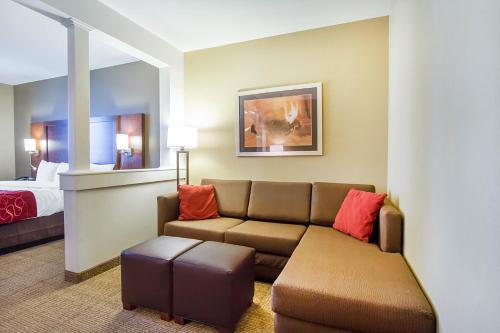 Comfort Suites Abilene Photo