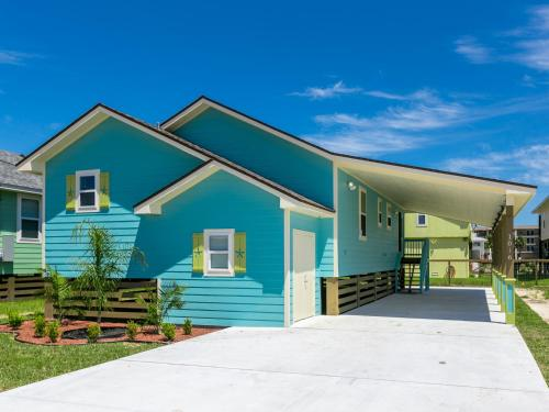 Cantina by the bay rockport beach house rockport texas for Coastal home builders texas