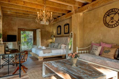 Petite Provence B&B Photo