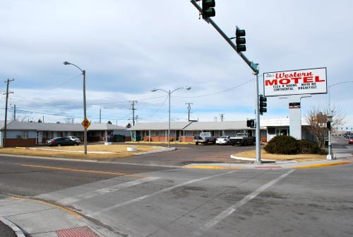 Photo of Ski's Western Motel hotel in Great Falls