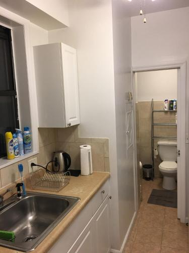 Times Square West One Bedroom Apartment Photo