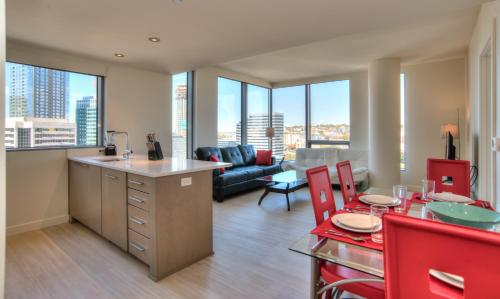 Furnished Apartments in Pine Street Photo