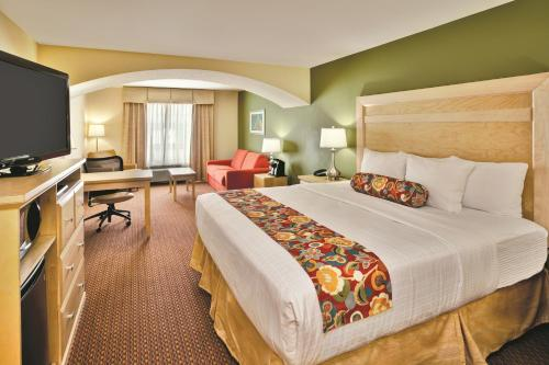 La Quinta Inn & Suites Rochester Photo