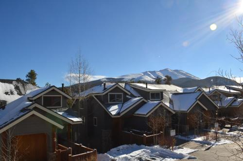 Elk Ridge by Ski Village Resorts Photo