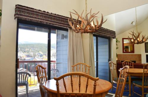 River Mountain Lodge by Ski Village Resorts Photo
