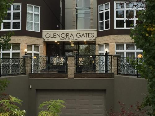 Oasis Corporate Rentals Glenora Gates Photo