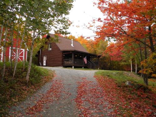 Comsomore Cottage in the Berkshires Photo