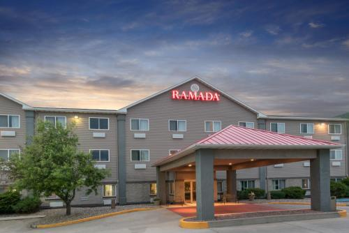 Ramada Limited Bismarck Photo