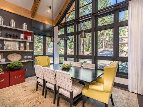 Dream At Schaffer's Mill House Home - Truckee, CA 96161