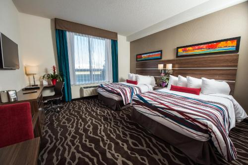 Encore Suites by Service Plus Inns Photo