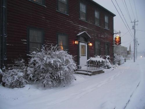 Bailey House Bed and Breakfast Photo