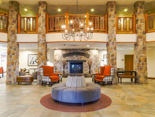 Best Western Rocky Mountain Lodge Photo