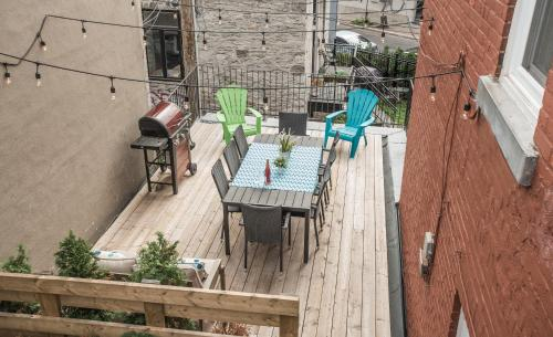 MTLVacationRentals - The FabFour Photo
