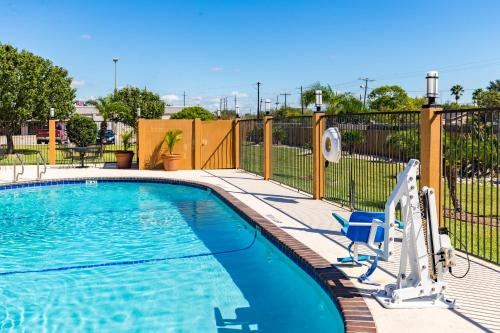 BEST WESTERN Northwest Corpus Christi Inn & Suites Photo
