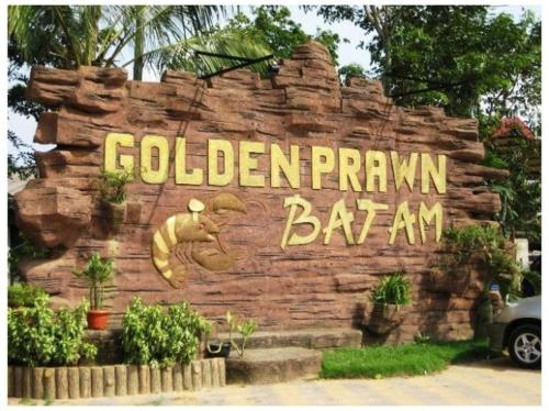 The Golden Bay Hotel Batam photo 15