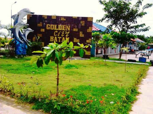 The Golden Bay Hotel Batam photo 18