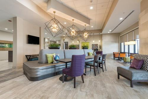 Home2 Suites By Hilton Dallas Grand Prairie Photo