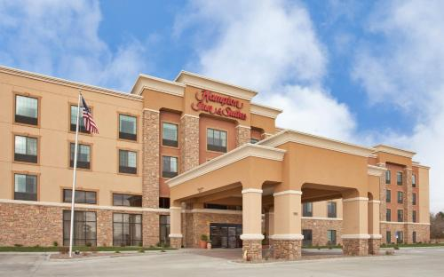Hampton Inn & Suites Dickinson ND Photo