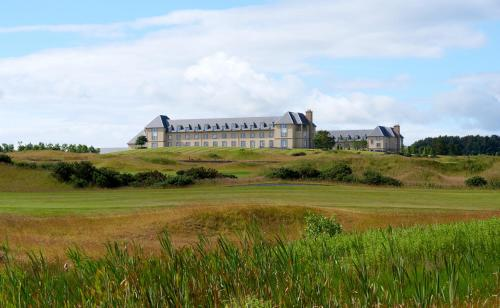 Kasteel-overnachting met je hond in Fairmont St Andrews, Scotland - St Andrews