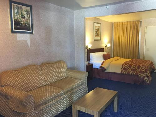 Executive Suites Inn Photo