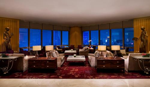 JW Marriott Shanghai at Tomorrow Square photo 3