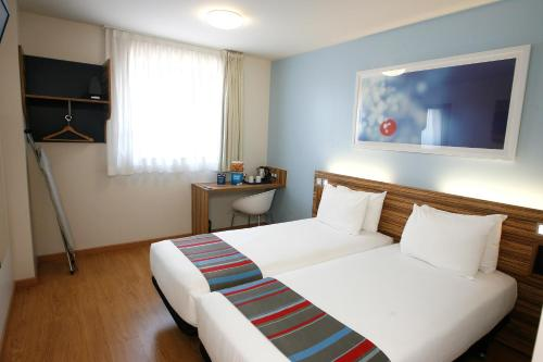 Travelodge Barcelona Poblenou photo 18