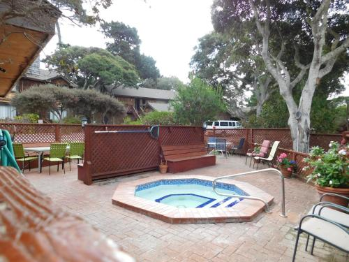 Pacific Gardens Inn Photo