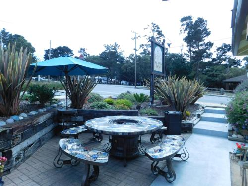 Deer Haven Inn - Pacific Grove, CA 93950