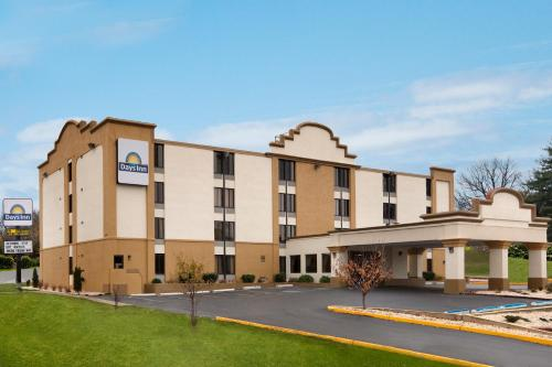 Days Inn Hagerstown Photo