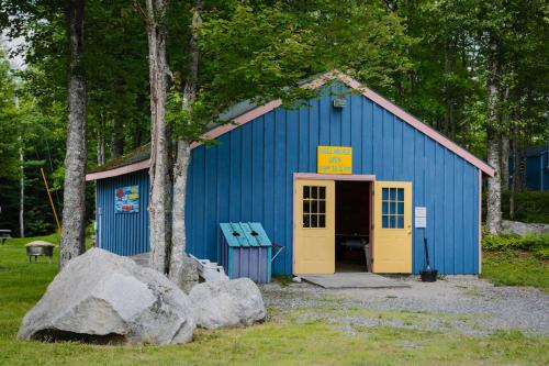 Patten Pond Camping Resort Apartment 3 - Ellsworth, ME 04605