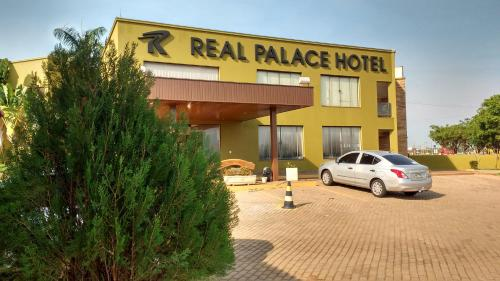 Real Palace Hotel Photo