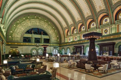 St. Louis Union Station Hotel, Curio Collection by Hilton Photo