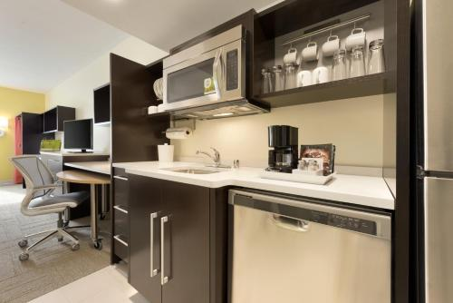 Home2 Suites By Hilton La Crosse Photo