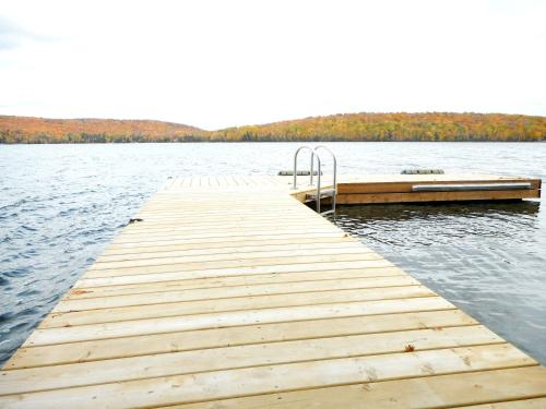 Chalets en Mauricie - Lac Sacacomie Photo