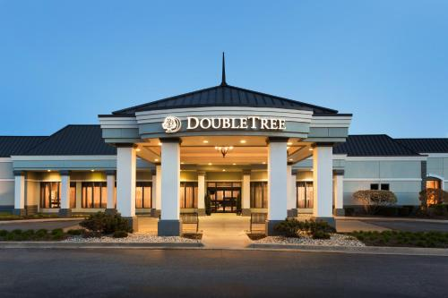 DoubleTree by Hilton Detroit Novi Photo