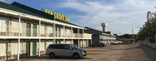 Oak Grove Inn Photo
