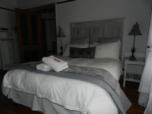 A Mountain View Guesthouse Photo
