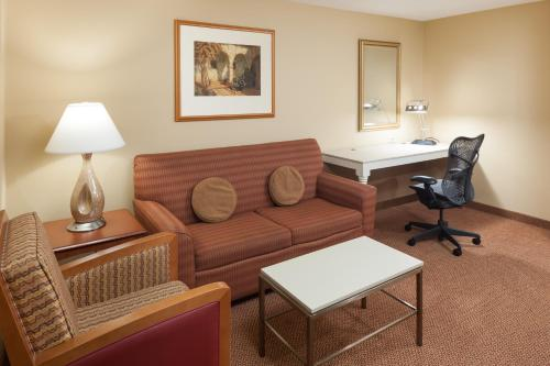 Hilton Garden Inn McAllen Airport Photo
