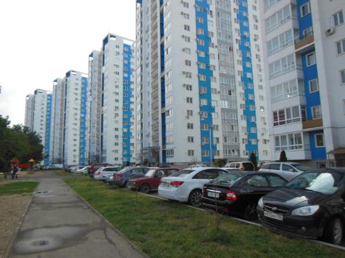 Apartment on 40 let Pobedy 137 - фото 0