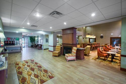 Hampton Inn & Suites Houston - Rosenberg - Rosenberg, TX 77471