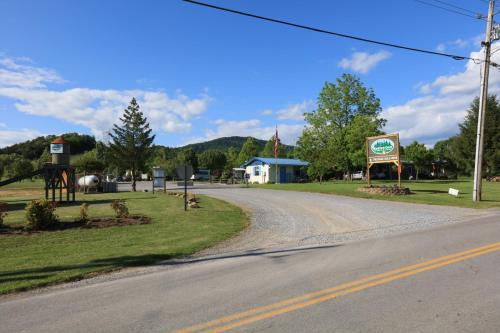Baileyton RV Park & Cabins Photo