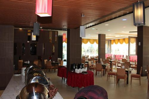 The Golden Bay Hotel Batam photo 55